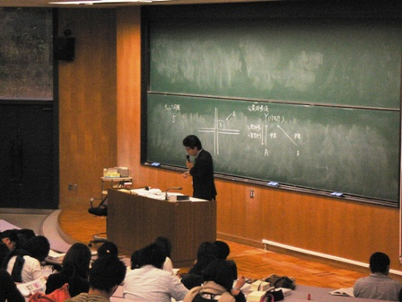 米田教員講義風景